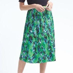 Banana Republic Green Floral Pleated Skirt